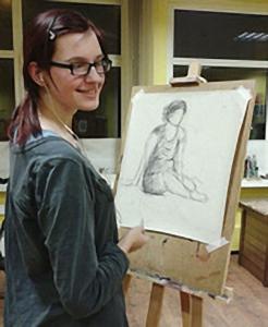 Modèle vivant masculin pose pour cours de dessin et ateliers.